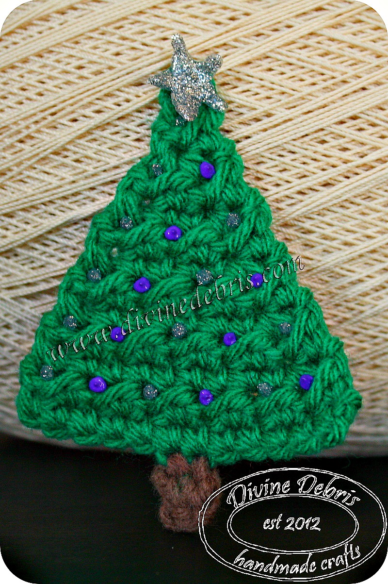 Christmas Tree Applique by Divine Debris