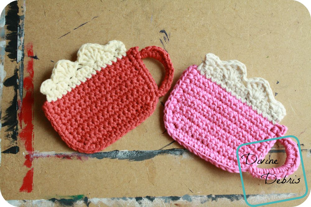 Mug of Cocoa crochet pattern by DivineDebris.com