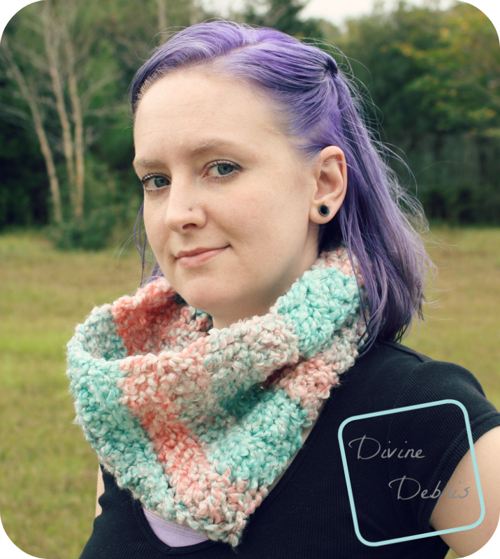 Cheryl Cowl pattern by DivineDebris.com