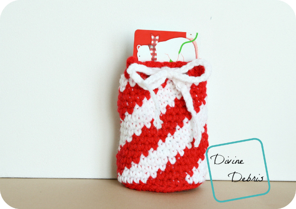 Gift Card Drawstring Bag Crochet Pattern by DivineDebris.com