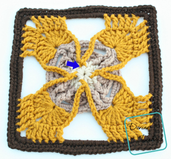 Olivia Square crochet pattern by DivineDebris.com