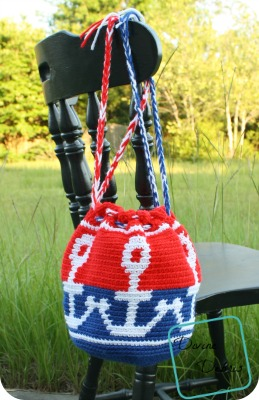 Connected Anchors Bag crochet pattern by DivineDebris.com
