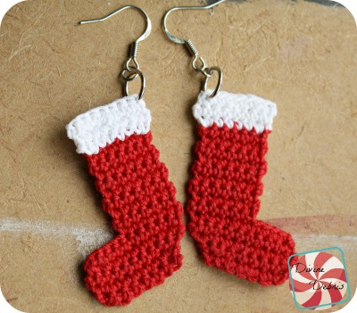 Crochet Stocking Earrings by DivineDebris.com