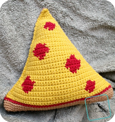 Pizza Amigurumi crochet patterns by DivineDebris.com