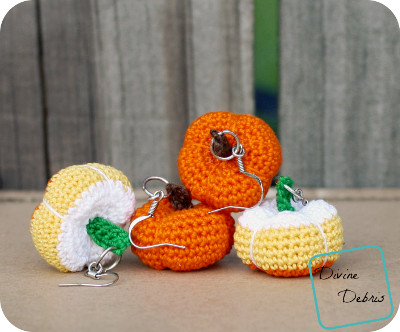 Stuffed Pumpkins Earrings free crochet pattern by DivineDebris.com