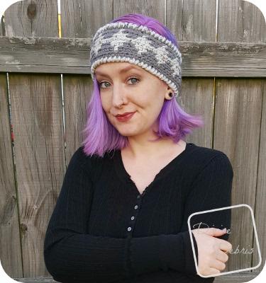 Diamonds Earwarmer free crochet pattern by DivineDebris.com