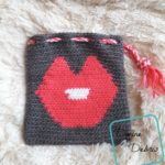 Big Kiss Bag crochet pattern by DivineDebris.com