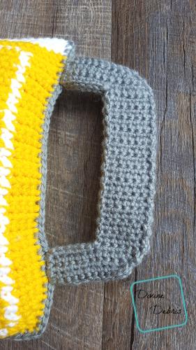 Mug of Beer Ami crochet pattern by Divine Debris