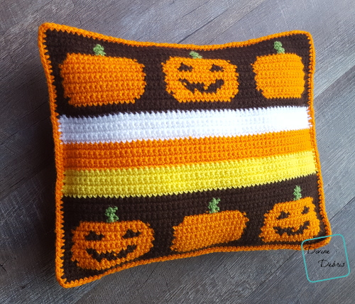 Smiling Pumpkins Pillow free crochet pattern by DivineDebris.com