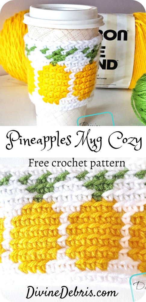 Learn to make the Pineapples Mug Cozy from a free crochet pattern, a great gift, a good way to practice tapestry crochet, or just a nice green accessory.#crochet #freepattern #cupcozy #mugcozy #coffee #ecofriendly